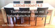 6 Lederstühlen mit großen Esstisch -