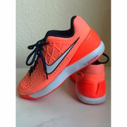 Nike Zoom Cage 2 in