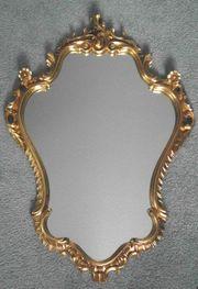 Spiegel im Holzrahmen goldfinish
