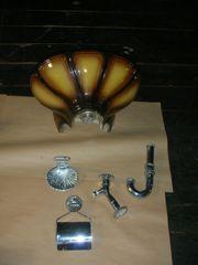 Zwei Muschelwaschbecken inkl Zubehör vergoldet