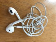 Apple Ear Pods Kopfhörer - neuwertig