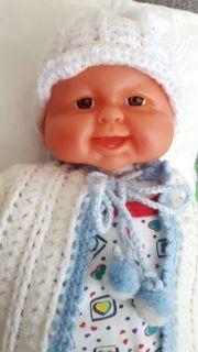 super schone Babypuppe weihnachtsgeschenk