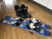 Skier 80cm mit Schuhen Größe
