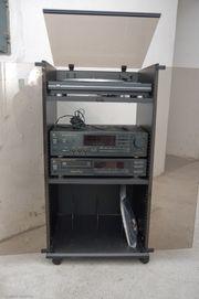 Hochwertige Stereo-Anlage von DUAL im