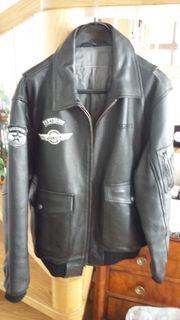Neuwertige Herren Motorradjacke aus Leder