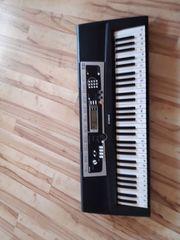 Digitales Yamaha Keyboard 61 Tasten