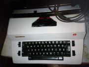 Alte OLYMPIA Schreibmaschine