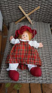 frech-niedliche Marionette Lisa-Marie von Tschibo