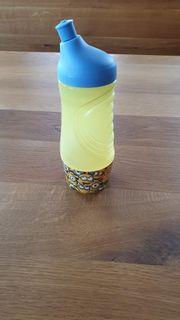 Tupperware Minion-Trinkflasche