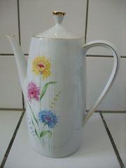 Kaffeekanne Kanne weiß Blumendekor