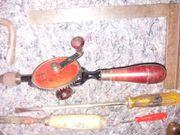 Konvolut altes Werkzeug Hämmer Sägen