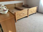 Komplettes Schlafzimmer Eichenholz hell massiv