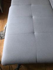 Eck-Couch Hellgrau und Kl Anbauwamd