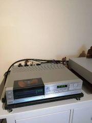 Philips CD 303