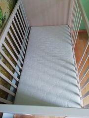 Kinder- und Babymatratze Kinderbett