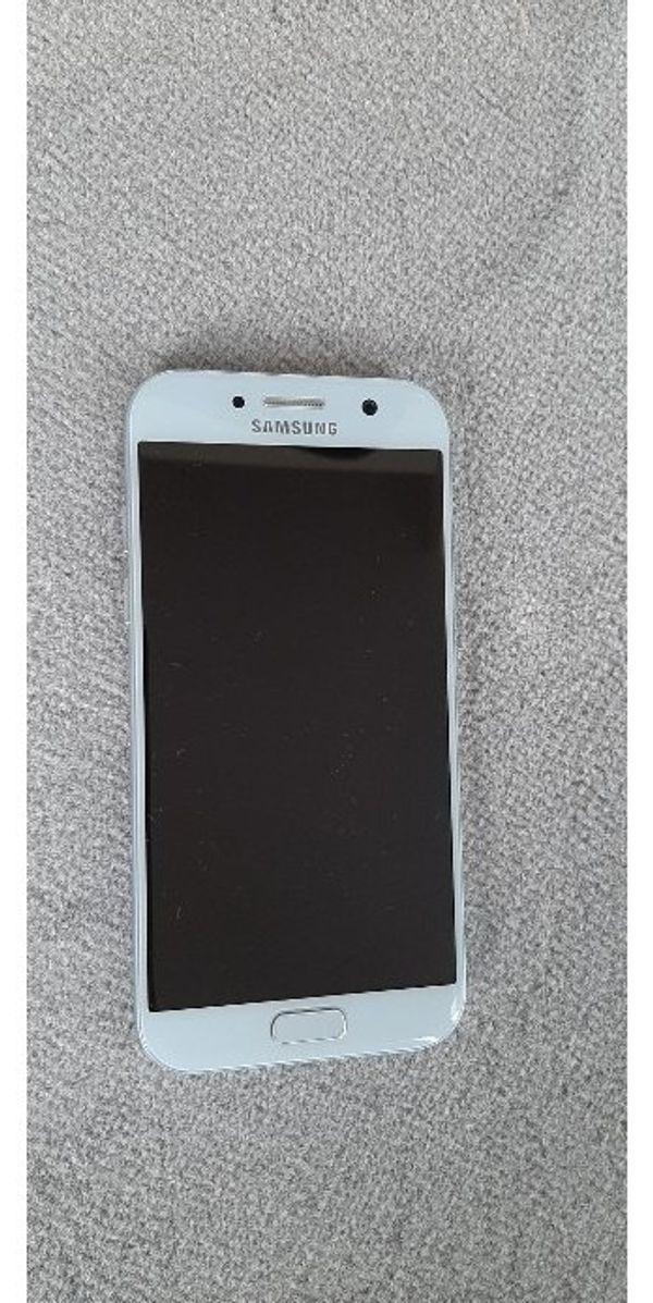 Samsung Galaxy A5 2017 blau