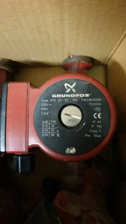 Grundfos UPS 25-50 Heizungspumpe