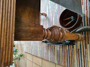 Schöner Massivholztisch 2 Stühle
