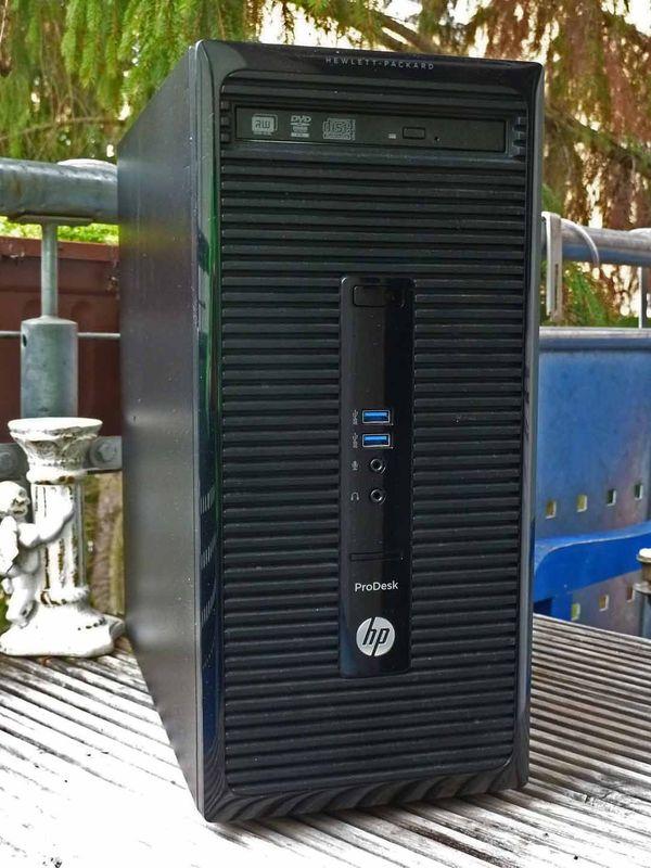 Gaming PC: Radeon RX 560, Intel I5-4440, 8GB RAM, SSD 240GB, Windows 10.