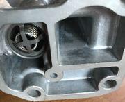 Mercedes M102 Ölfilter - Gehäuse mit