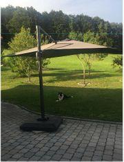 Fast neuer großer Ampelschirm Sonnenschirmv