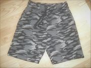 Herren Camouflage Bermuda-Shorts 44 46