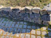 Bruchsteine gespalten Betonplatten u - Pflaster