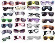 100 Stk Sonnenbrillen Mix versch