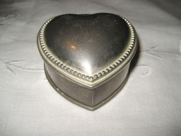 Herzform Schmuckdose schwer Metalldose Dose