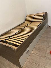 Bett 200x90 cm