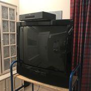 Fernsehgerät der Firma LOEWE zu