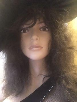 Sexspielzeug - sexy Lady Puppe attraktiver Eyecatcher