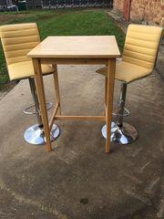 Esstisch und 2 Stühle für
