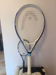 riesiger Tennisschläger von HEAD