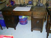 Schöner Schreibtisch Antik