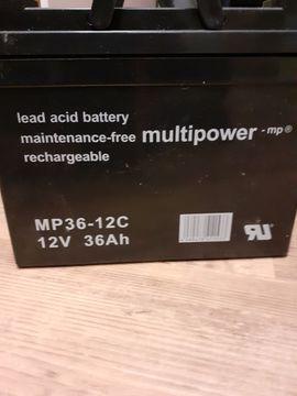 Batterien - 4 x Akku 12V 36Ah