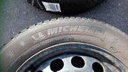 4 Michelin Winterreifen auf Stahlfelgen
