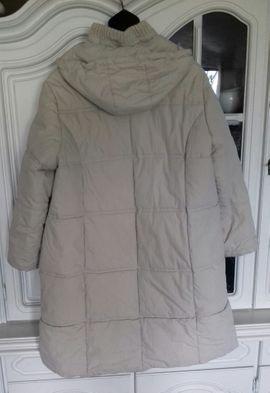 Damenbekleidung - Damen-Jacke Kurzmantel mit Kaputze von