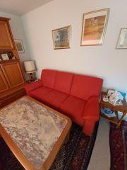 Wunderschoene Couch dazu einen Sessel