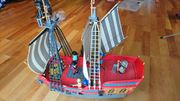 Großes rotes Playmobil Piratenschiff 5153