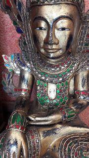 Antiker Buddha von Burma