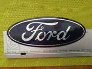 Ford-Pflaume Emblem