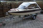 Sportboot mit neuen Bootsanhänger