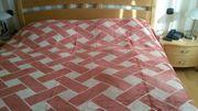 Tagesdecke für ein Doppelbett