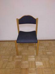 Einzelverkauf möglich 7 Holzstühle mit