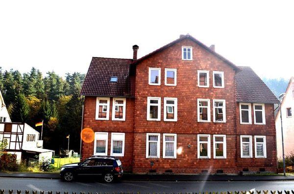 KAPITALANLAGE vermietetes Mehrfamilienhaus am Wald