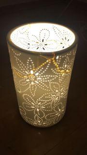 Nachttischlampe mit superglue fixiert 20