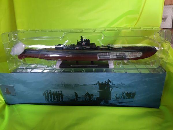 Die Cast U-Boot 1401-1945 Atlas