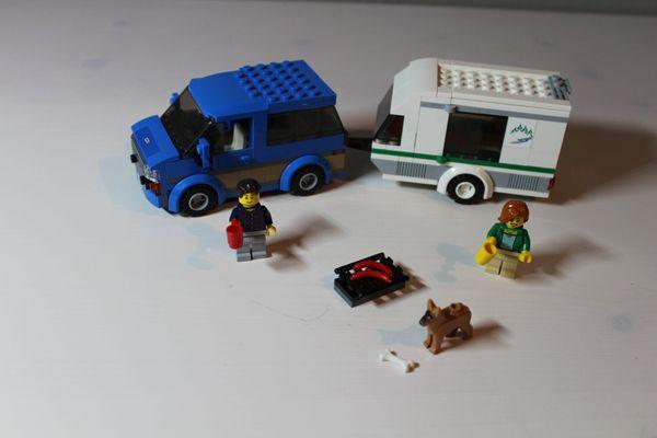 LEGO City 60117 - Van und