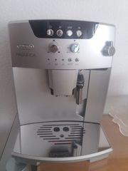 Kaffeevollautomat von DeLonghi ESAM 04
